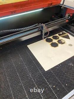 Machine De Coupe De Gravure Au Laser