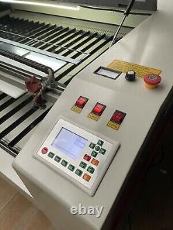 Machine De Découpe À Gravure Laser Co2 1800 X 1200 Lit Pc Honeycomb Inclus 90w